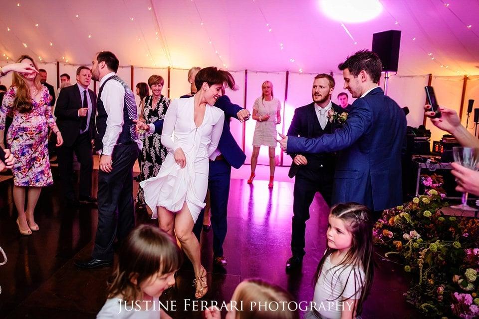 Wedding dancing 04